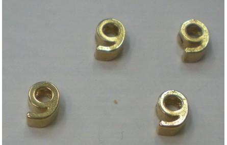 Número 9 7*6*2 Oro