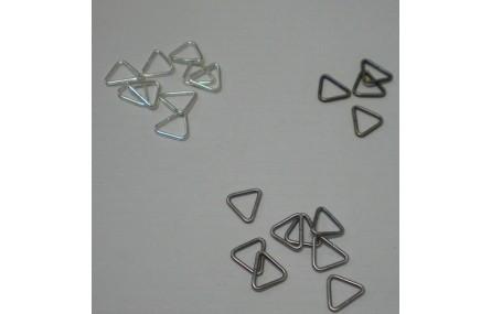 Arandela triangular abierta OV