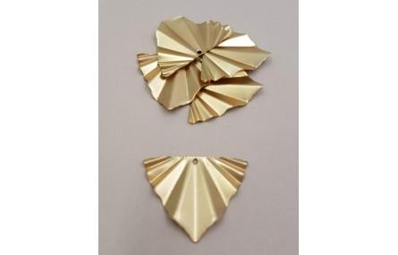 Triánguo plisado 29*22mm Oro Mate